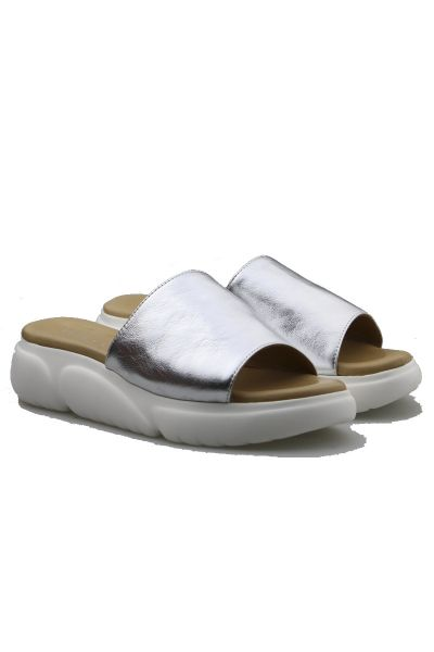 Moulded Wedge By Wave In Silver