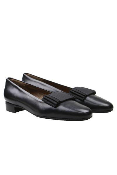Gabriele Bow Slip On Shoe In Black