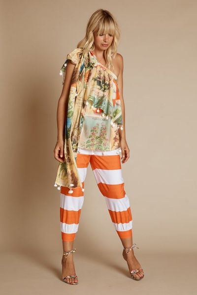 The Diggers Club Top In Veggie Patch Print by Binny