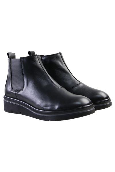 Rooney Boot By Hispantias In Black