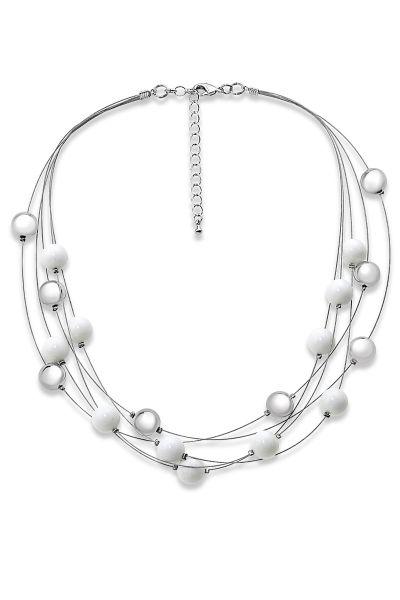 Jantan Layered Pearl Necklace