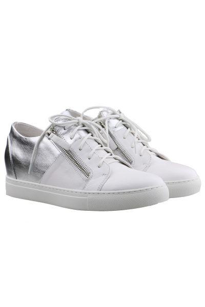 Django & Juliette Greene Sneaker in White