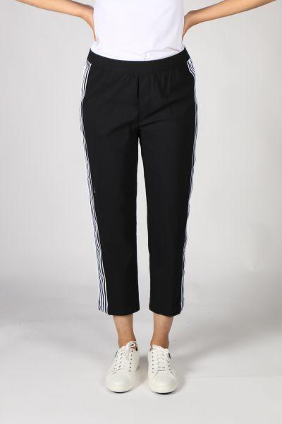 Acrobat Cambridge Pant By Verge In Black