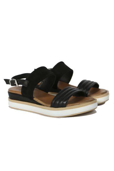 Contrast Strap Sandal By Sempre Di In Black