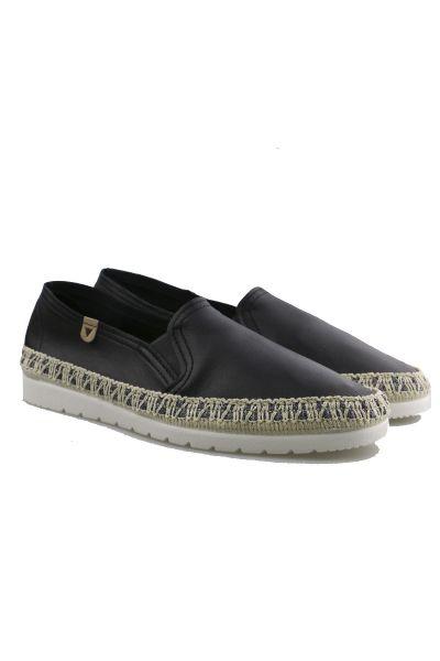 Verbenas Nuria Loafers In Black