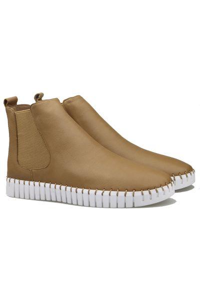 Django & Juliette Horton Sneaker Boot In Tan