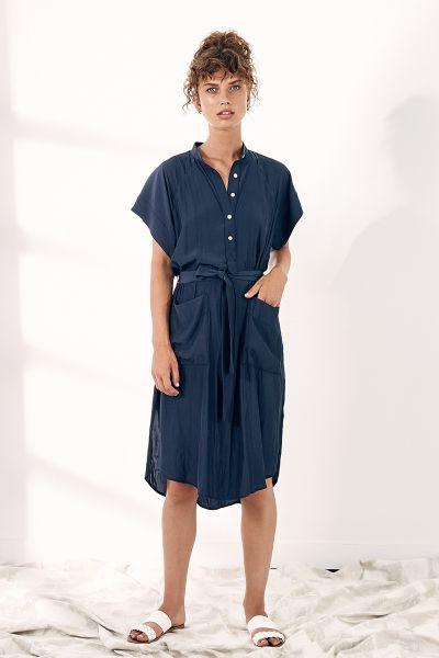 Layerd Narv Dress in Navy