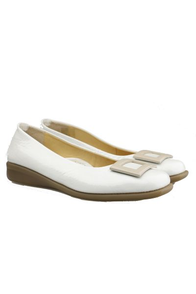 Relax Buckle Pump In Ice