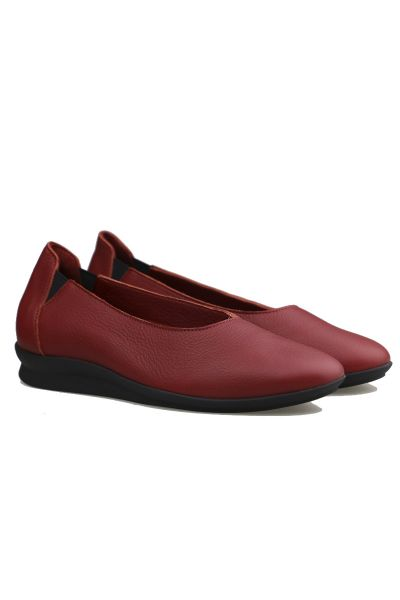 Arche Nasbee Wedge In Ruby