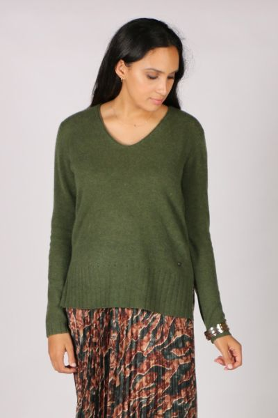 Sophia Cashmere V In Green By Mos Mosh