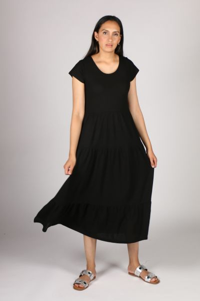POL Tiered Jersey Dress In Black