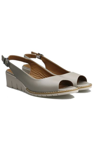 Abby Wedge By Sala In Silver